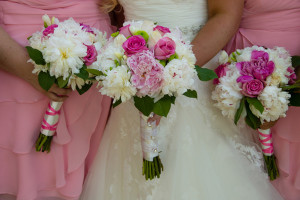 Real MD Wedding: Playful and Fun in Summer Pink. Photo by Kathleen Hertel Photography.
